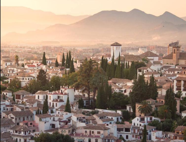 Cosas que tienes que hacer en España