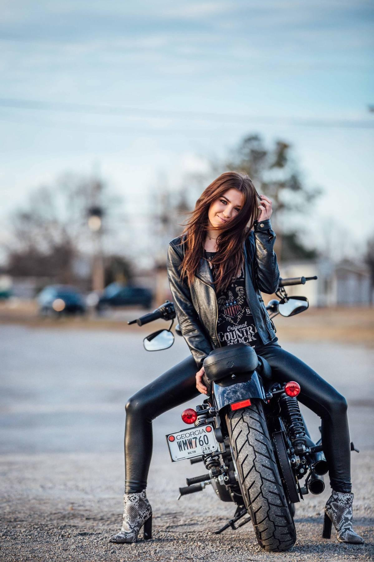HARLEY-DAVIDSON: Una moto que cumple con todas las expectativas.
